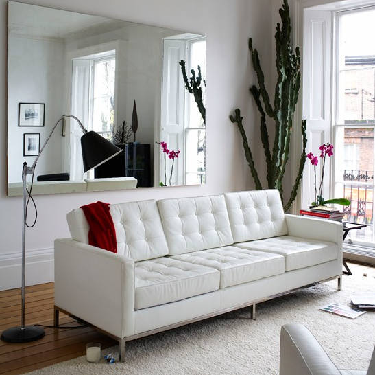INFURN:: Take A Look At This Modern Interior. The Beautiful White Florence  Knoll Sofa Stands Out To Stylish Floor Lamp.