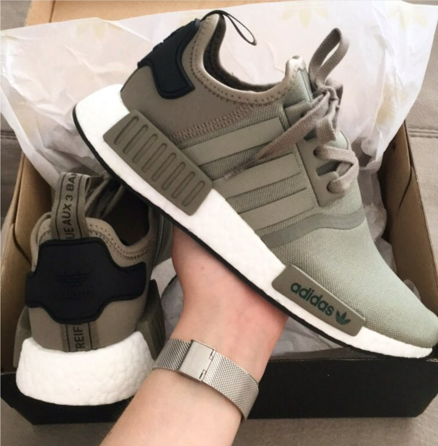 half off eb865 75f72 adidas Originals NMD R1 grün schwarz green balck Foto laura.x Instagram