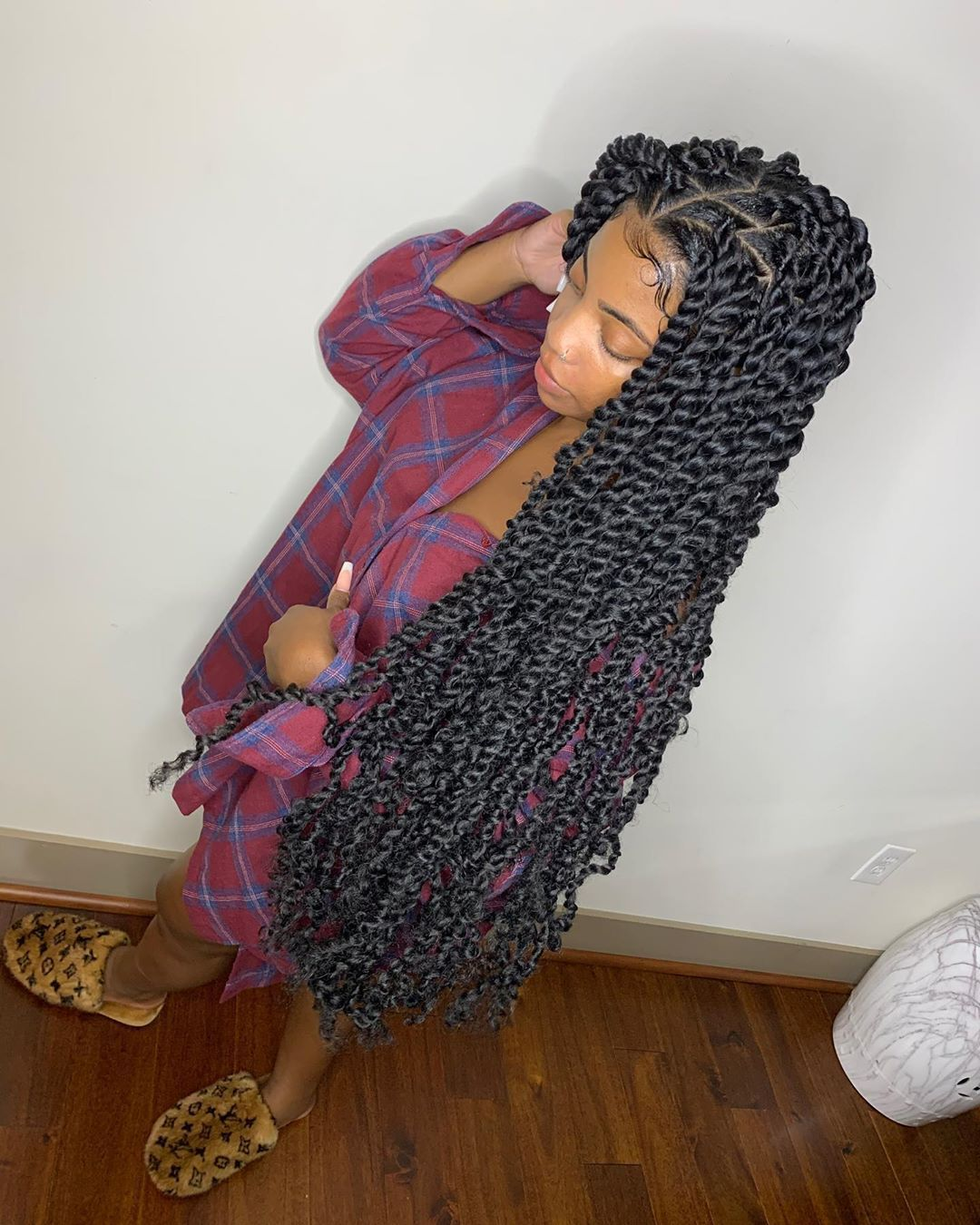 "House Of Slays 💕 on Instagram: ""Came Out Atl Just To Install Some XL Passion Twist For The Lovely @dearra 😍 Book Now Link In Bio .. #pretty #passiontwist #braids #viral…"""