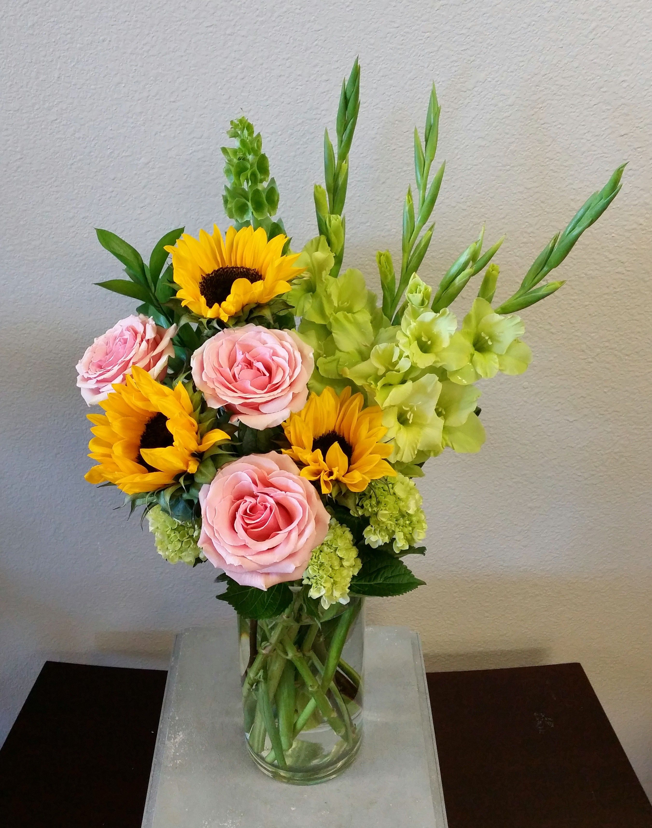 Summertime Garden in Las Vegas, NV Signature Flowers