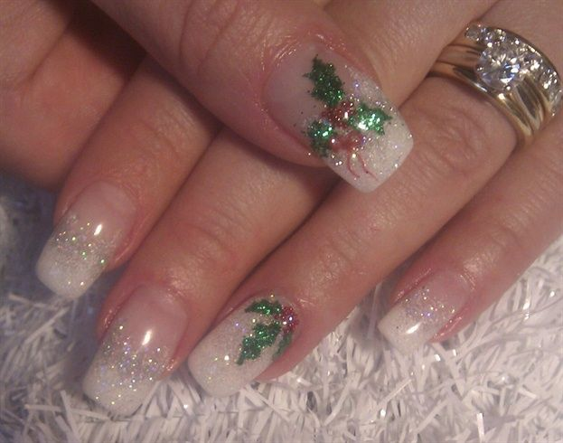 Sparkly Holly By Heynicenails Nail Art Gallery Nailartgallery