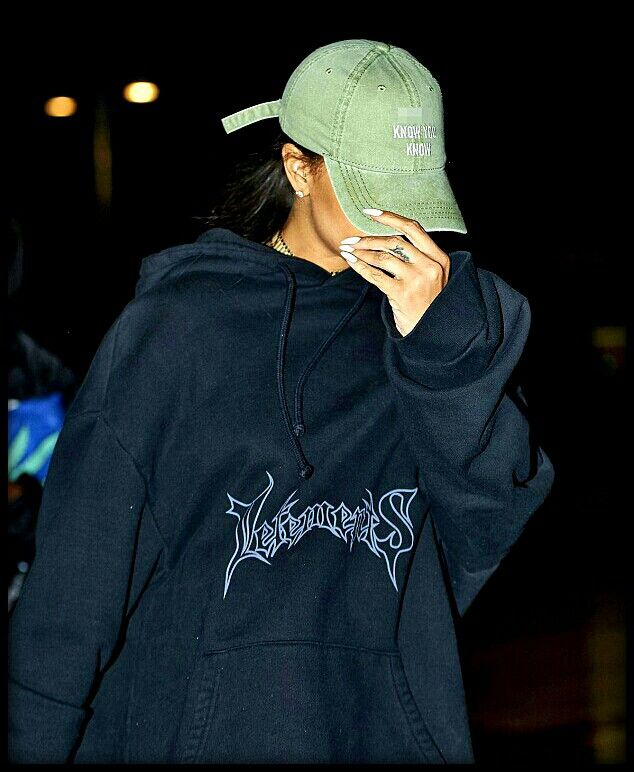 561d44766da Rihanna