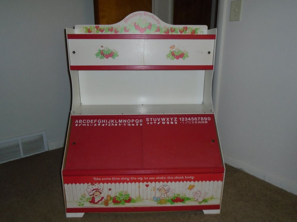Strawberry Shortcake Display Shelf Toy Box Vintage American Greetings Corp Rare Strawberry Shortcake Strawberry Shortcake Doll Strawberry Shortcake Toys
