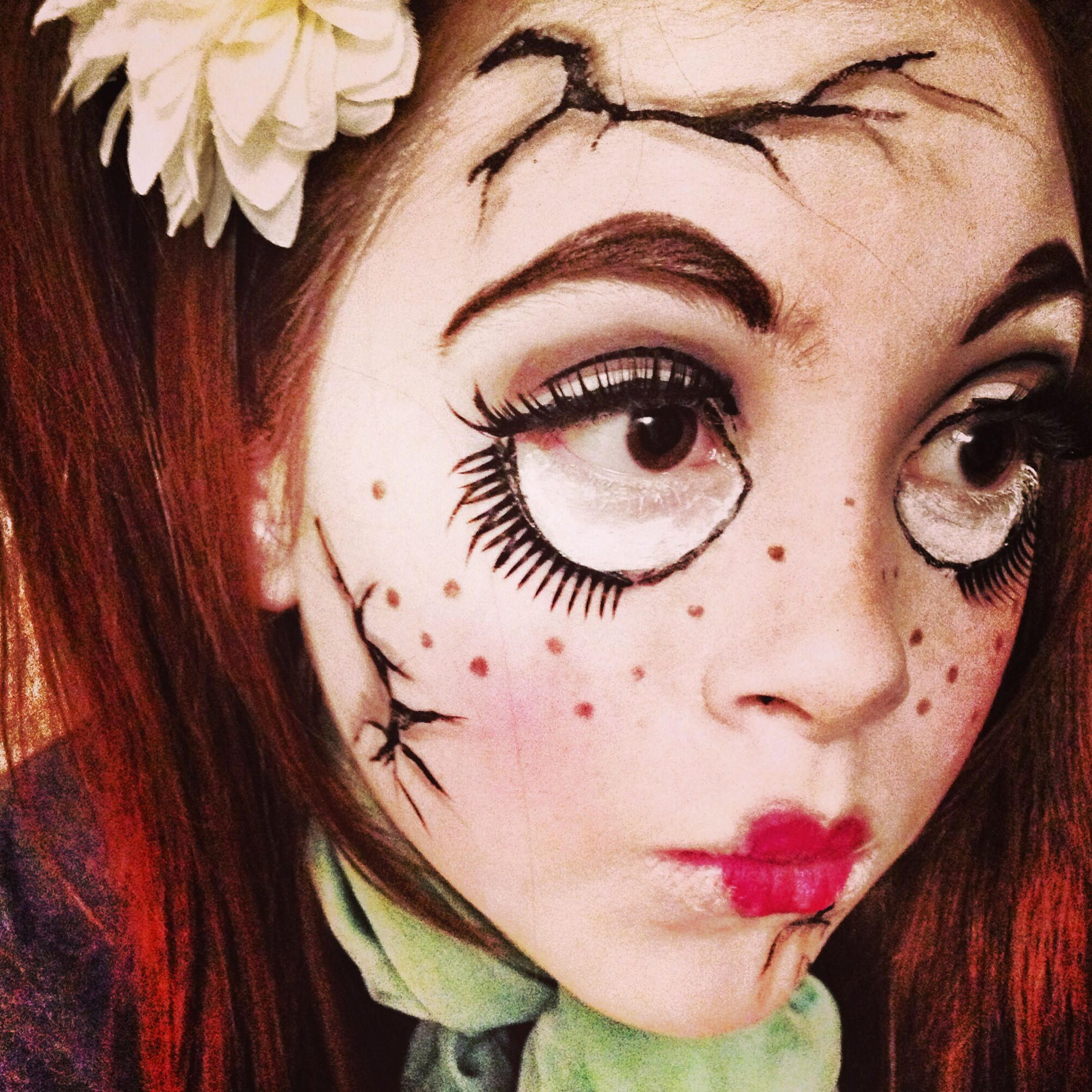 creepy cracked doll makeup #makeup #crackeddoll #porcelaindoll
