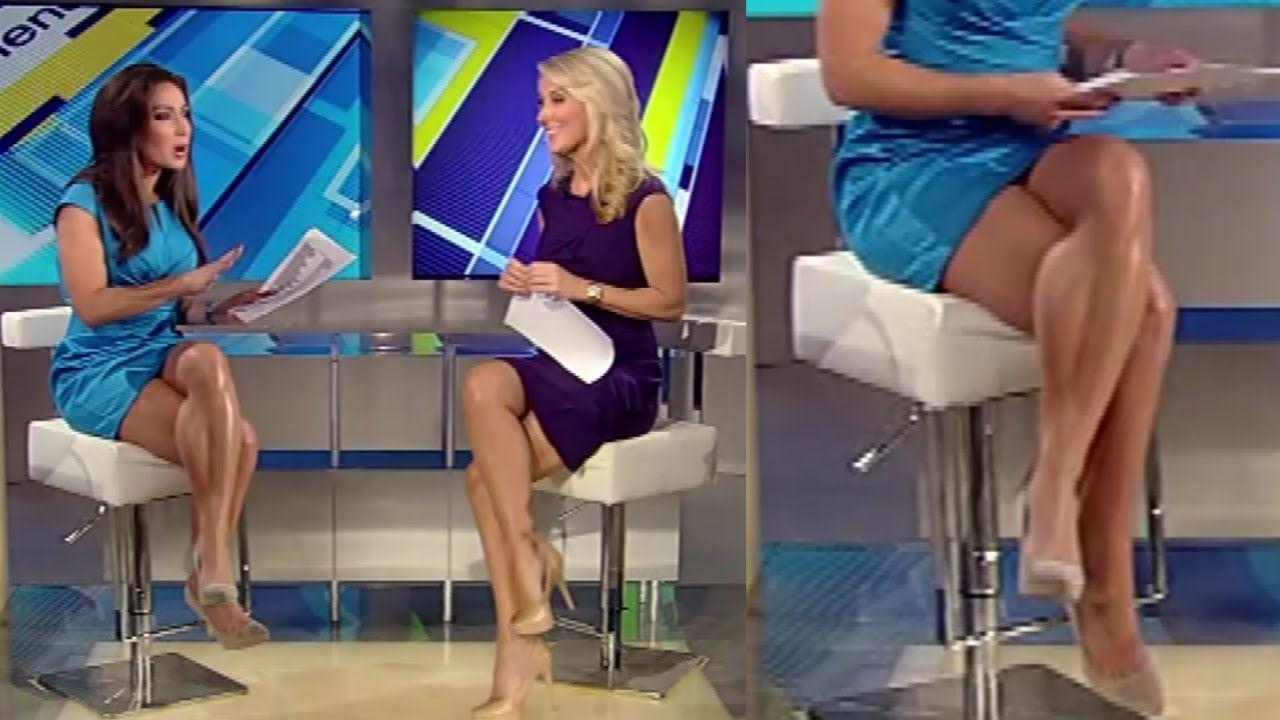 Tv News Anchor Christine Devine