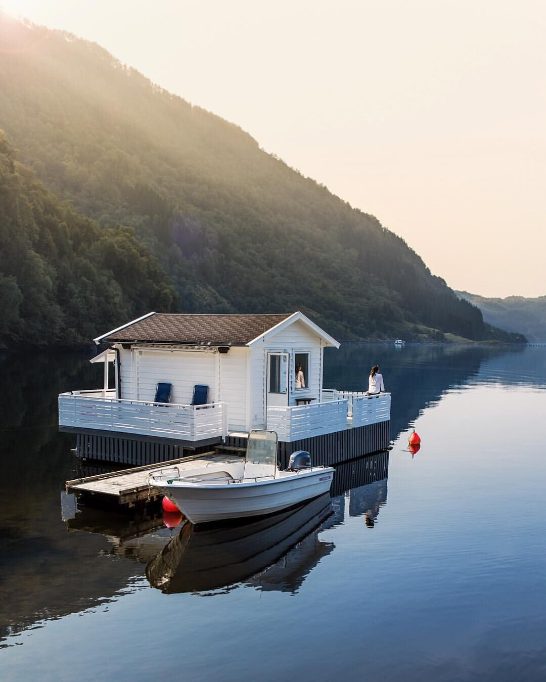 Floating House, Norway, Cabin