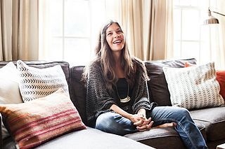 Bye Bye Bachelor Pad: A Couple's Cozy Apartment in Oakland ...