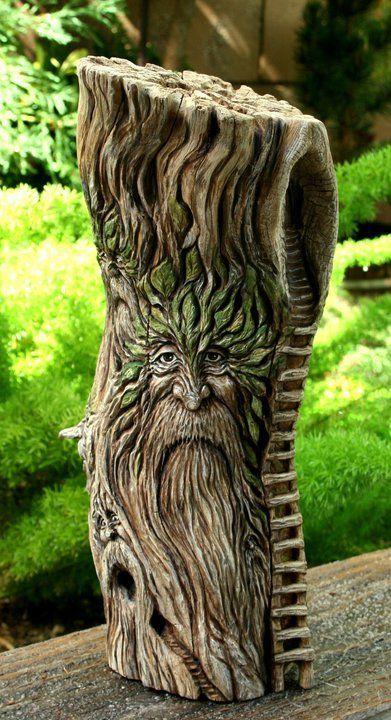 Rostro en tronco