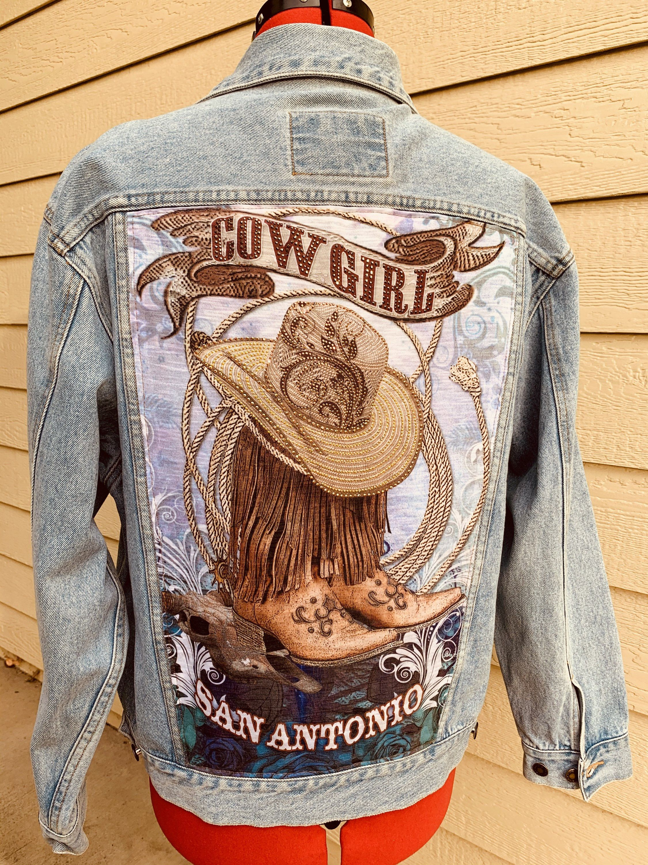 Women S Large One Of A Kind Cowgirl Denim Jeans Jacket With Rhinestones In 2020 Denim Jean Jacket Jackets Denim [ 3000 x 2250 Pixel ]