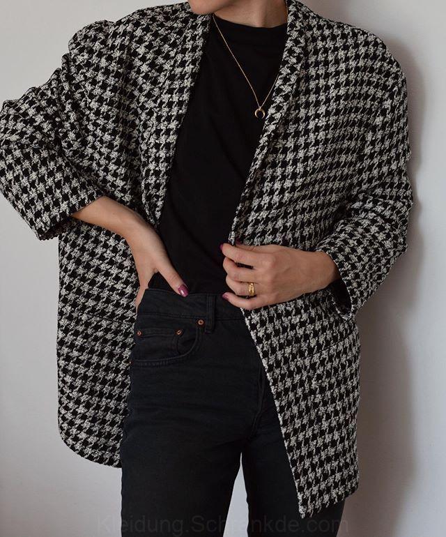 Photo of Claudia Grabowska sur Instagram: The new classics. Blazers and jeans REIKO …