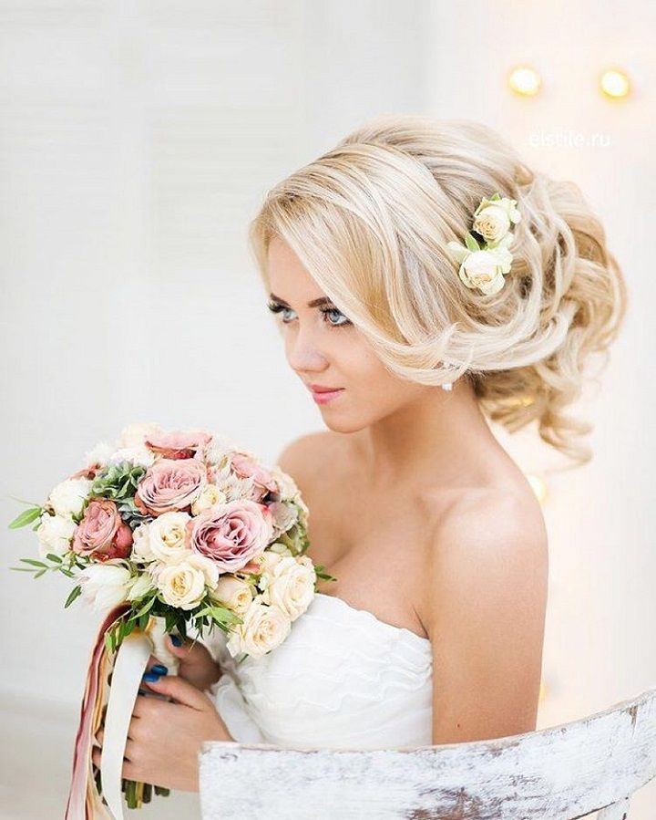 Loose Updo wedding hairstyles | Wedding Hairstyle Ideas For the Bride | fabmood.com #weddinghair #bridalhair #hairstyles #upstyle #updo #weddinginspiration #weddingideas #looseupdo