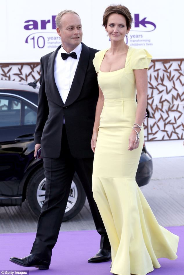 Saffron Aldridge With Husband Ian Wace In London Once The Face Of Ralph Lauren She Is Now A Writer And Social Headlines Today Caribbean Holidays Celebrities