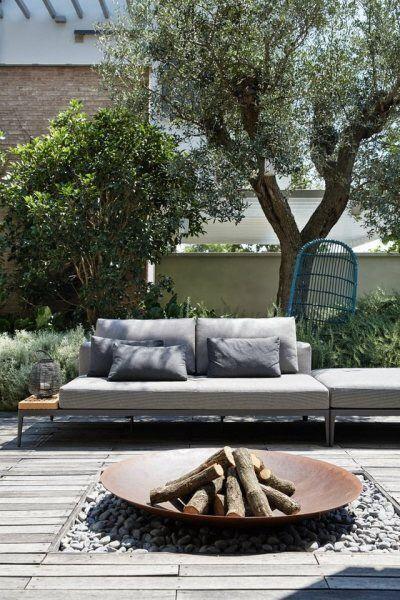 19 Photos Of Simple But Stunning Backyard Designs   Fosses ...
