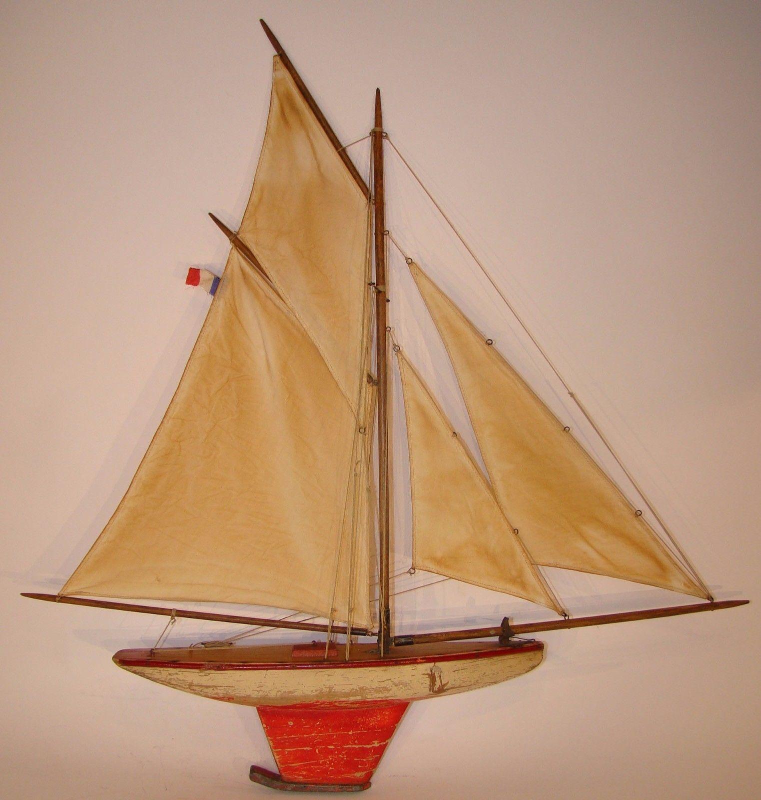 canot de bassin bateau voilier deffain 4 voiles coque peinte 2 tons 1920 1930 in jouets et jeux. Black Bedroom Furniture Sets. Home Design Ideas