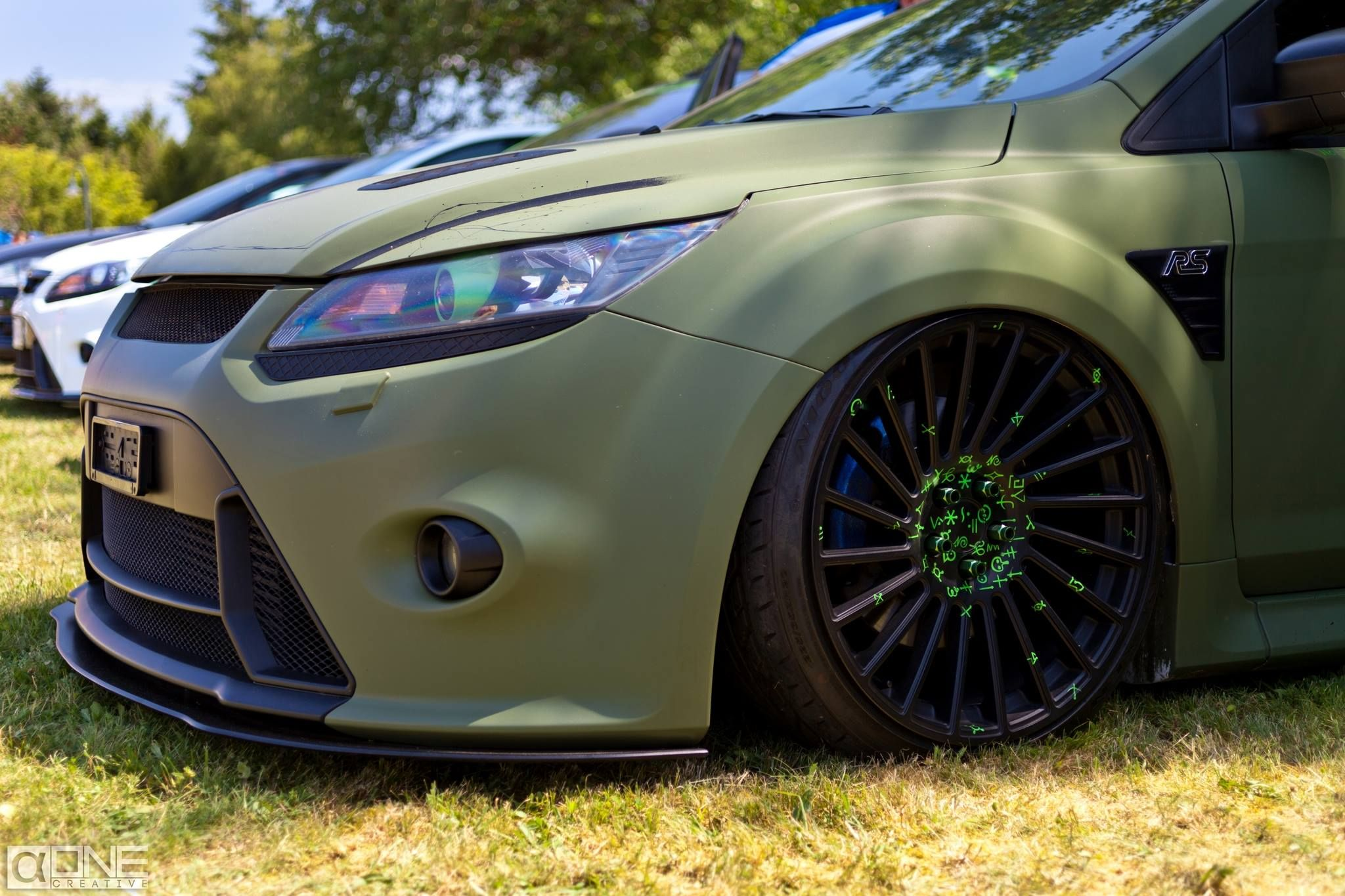 ford focus rs in army color body paint tuning ford focus. Black Bedroom Furniture Sets. Home Design Ideas