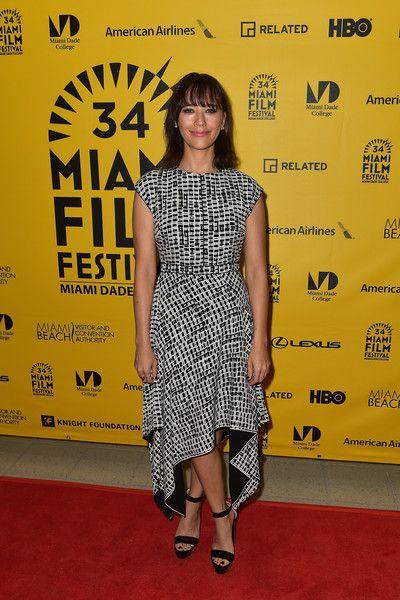 Rashida Jones Photos Photos - Rashida Jones attends Miami Film Festival on March 7, 2017 in Miami, Florida. - Miami Film Festival