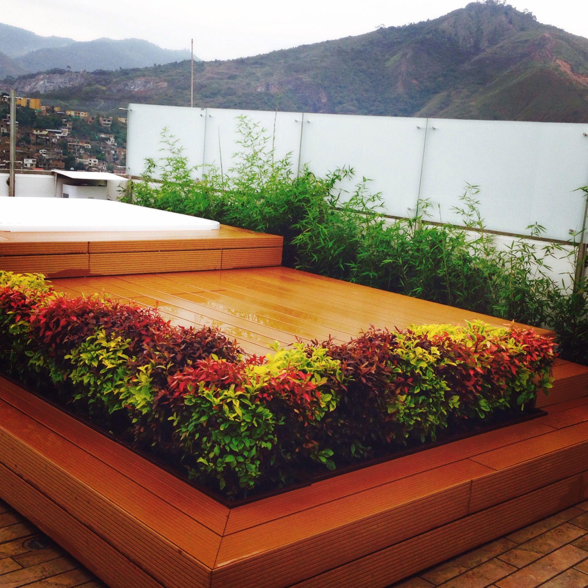 Sol jacuzzi paisaje y las plantas perfectas para la - Jacuzzi para terrazas ...
