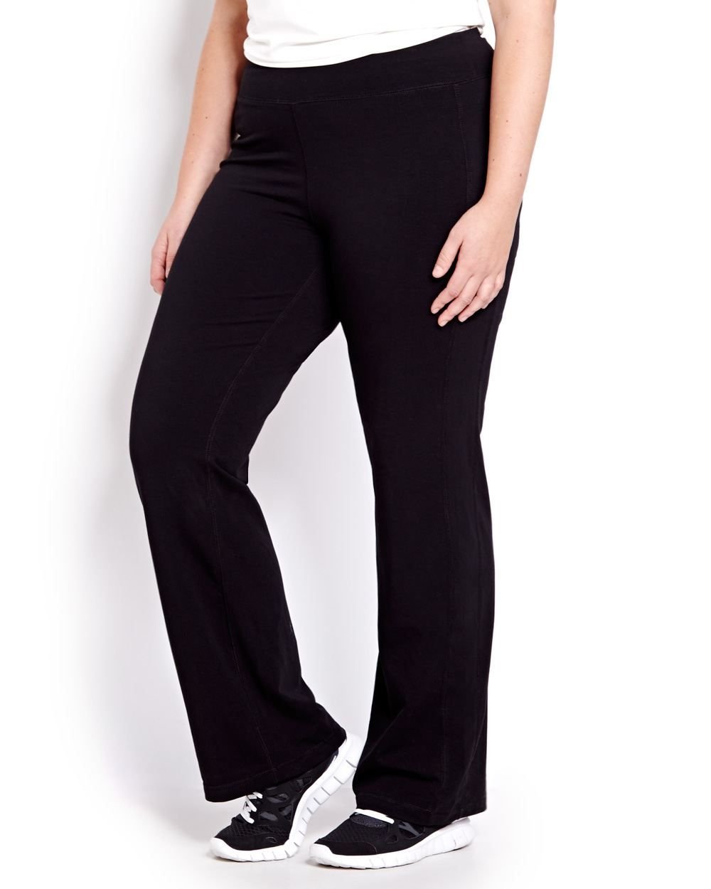87c70ffbb7d4b Our favourite plus-size yoga pants from Nola by Addition Elle #Additionelle  #plussizefashion #plussizeyoga