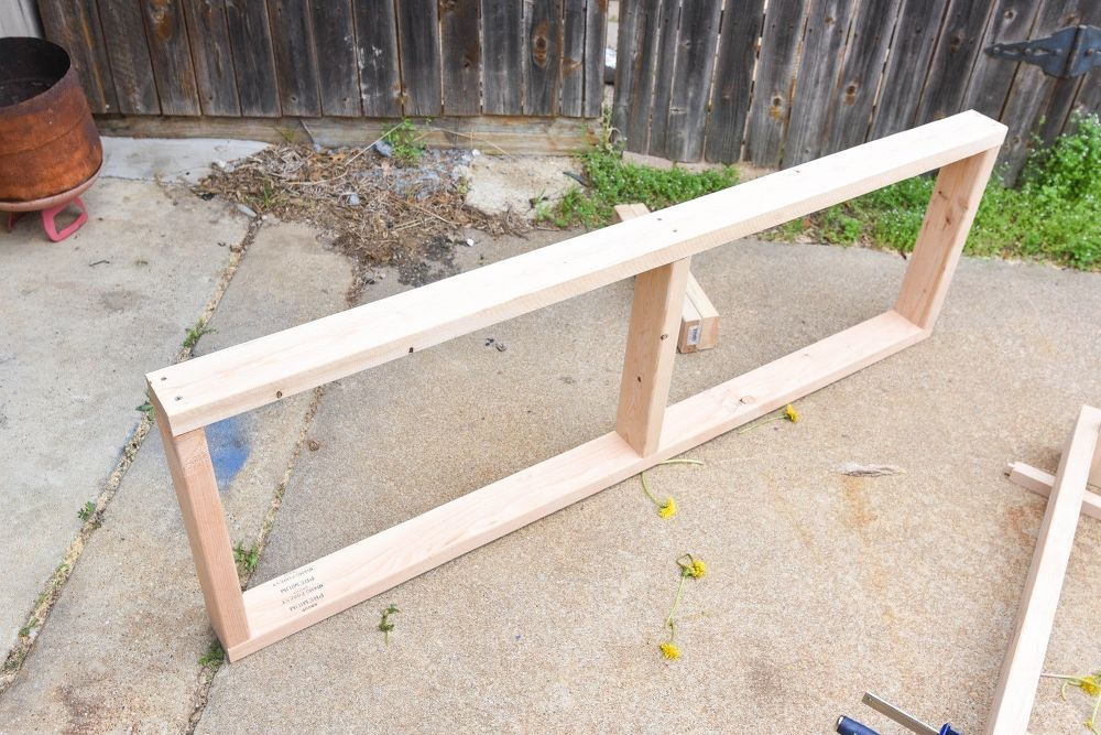 DIY Outdoor Storage Bench (with Hidden Storage Containers!)