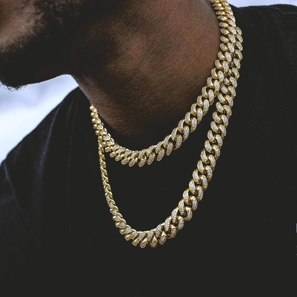 Diamond Cuban Link Choker 10mm In Yellow Gold The Gld Shop Diamondjewelry Cuban Link Chain Necklaces Gold Chains For Men Chains For Men