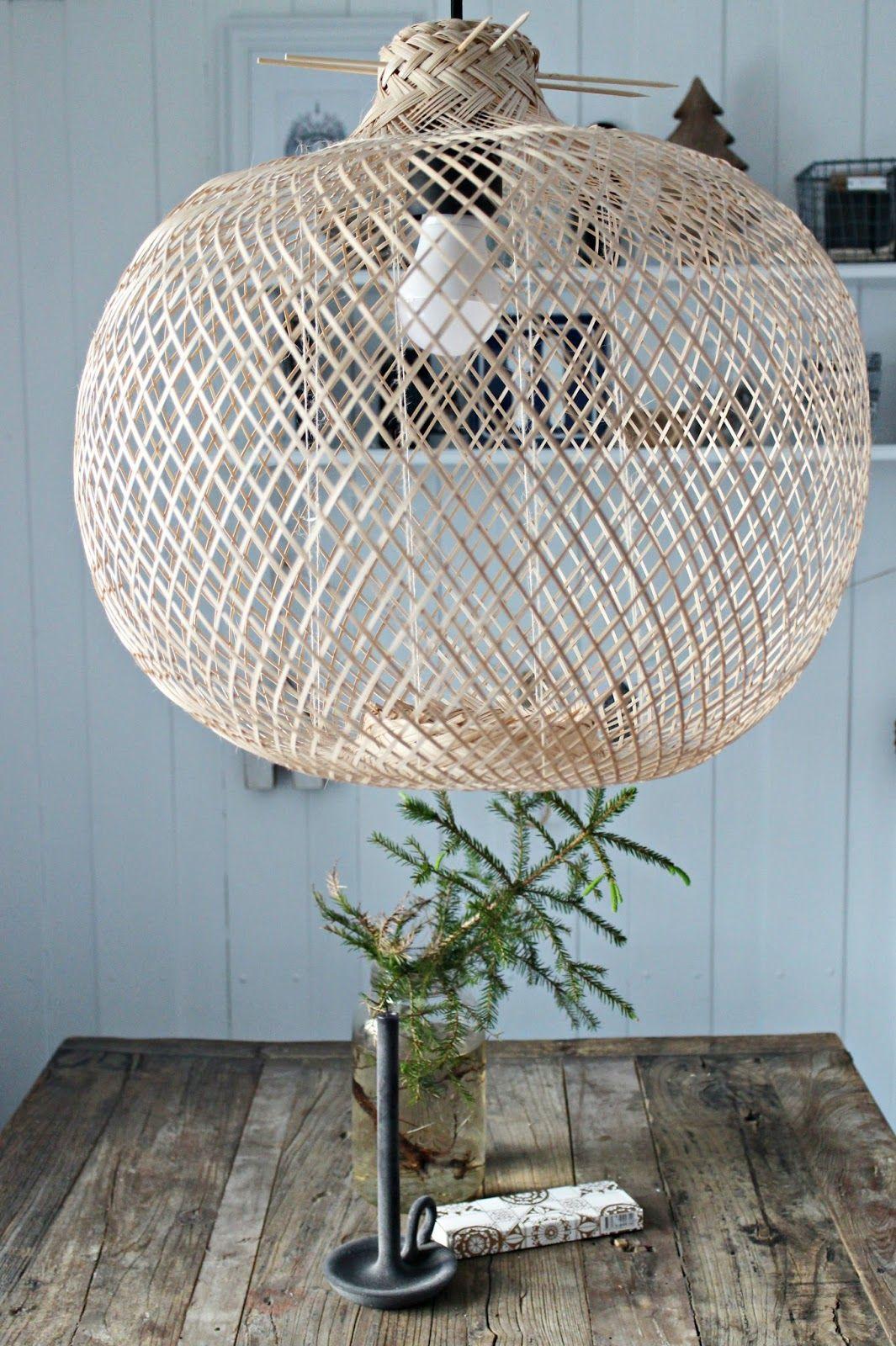 Mrs. Monday: Bloomingville lamp