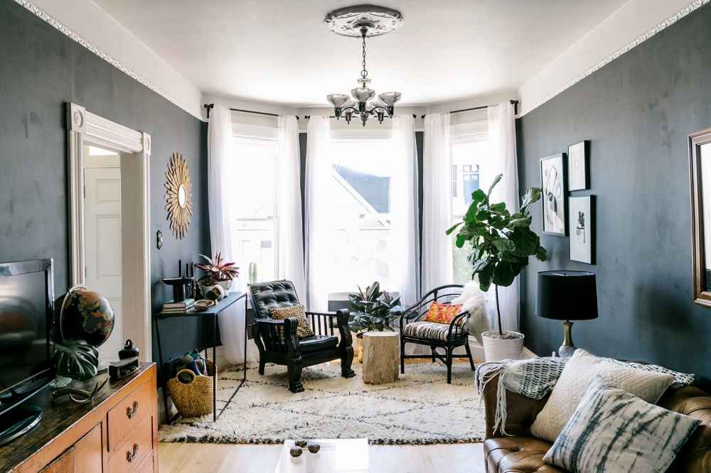 How To Decorate Like A Design Pro Kings lane, Trays and Pictures