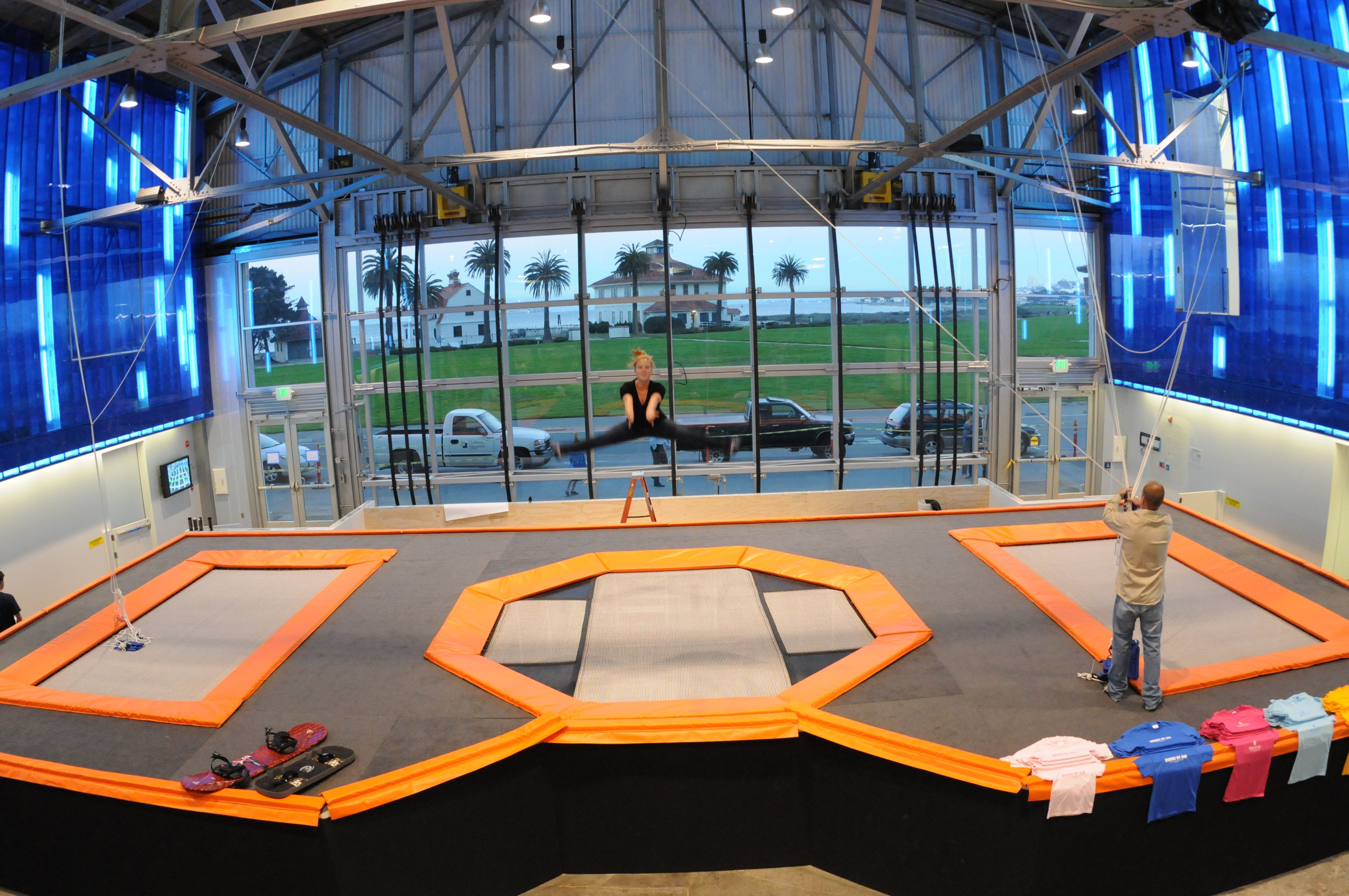 A Visit To San Francisco S House Of Air Trampoline Gym Fangelse
