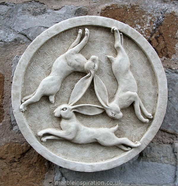 garden wall plaques   animal wall plaques   hare wall plaque  u0026 39 three hares u0026 39
