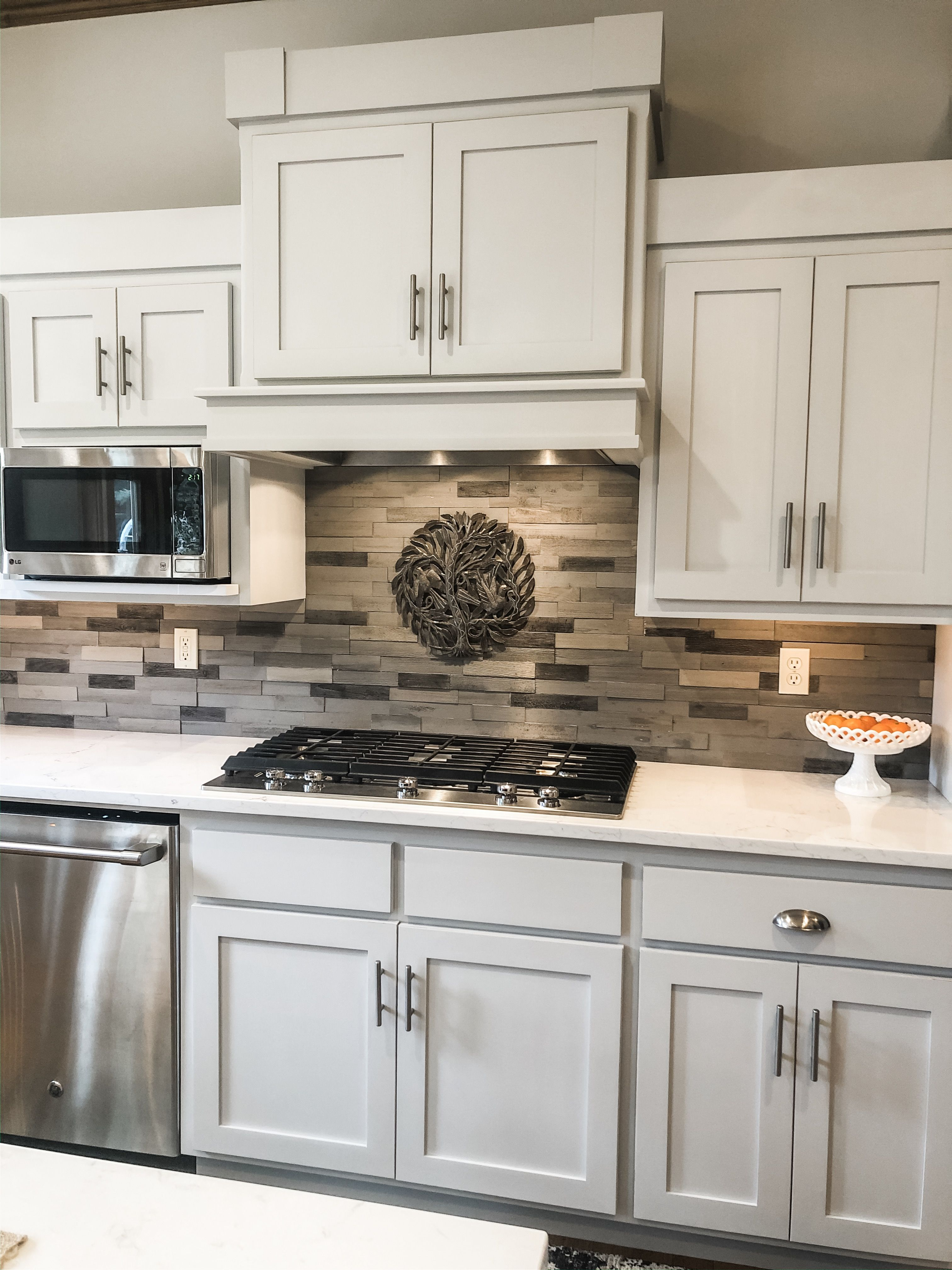 Kitchen Makeover Using Fusion Mineral Paint Part 2 Painted In 2020 Painted Kitchen Cabinets Colors Kitchen Cupboards Paint Kitchen Makeover