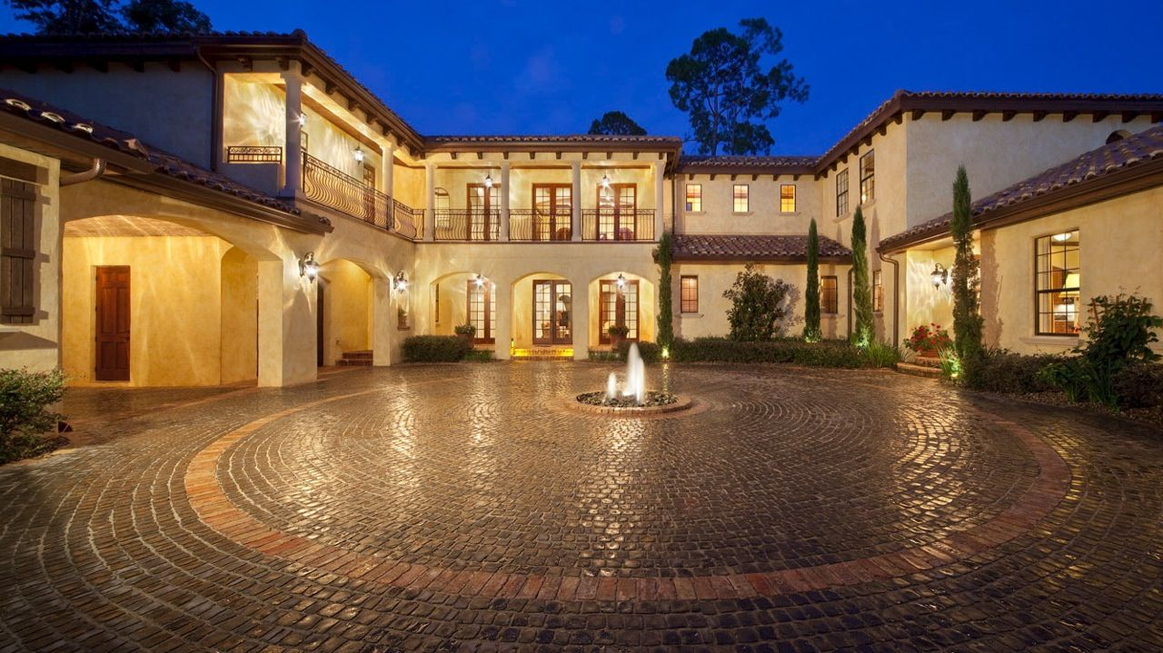 Villa Toscana, located in Lake Forest, Sanford, Florida
