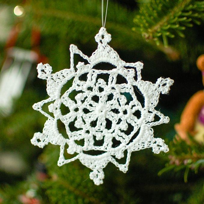 Pretty Picot Snowflake Pattern | Schneeflocken und Sterne häkeln ...