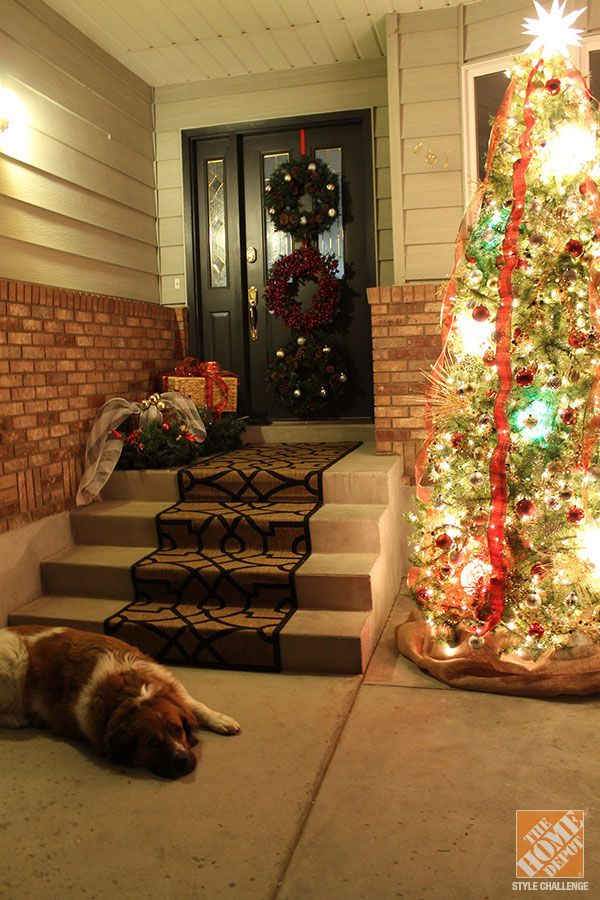 Lovely Christmas Decorating Ideas For The Front Door: Inside Out Holidays