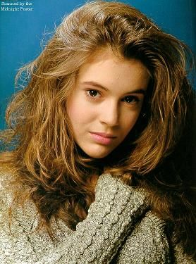 Alyssa Milano As Samantha Micelli In Who S The Boss Alyssa Milano Young Alyssa Milano Alisa Milano