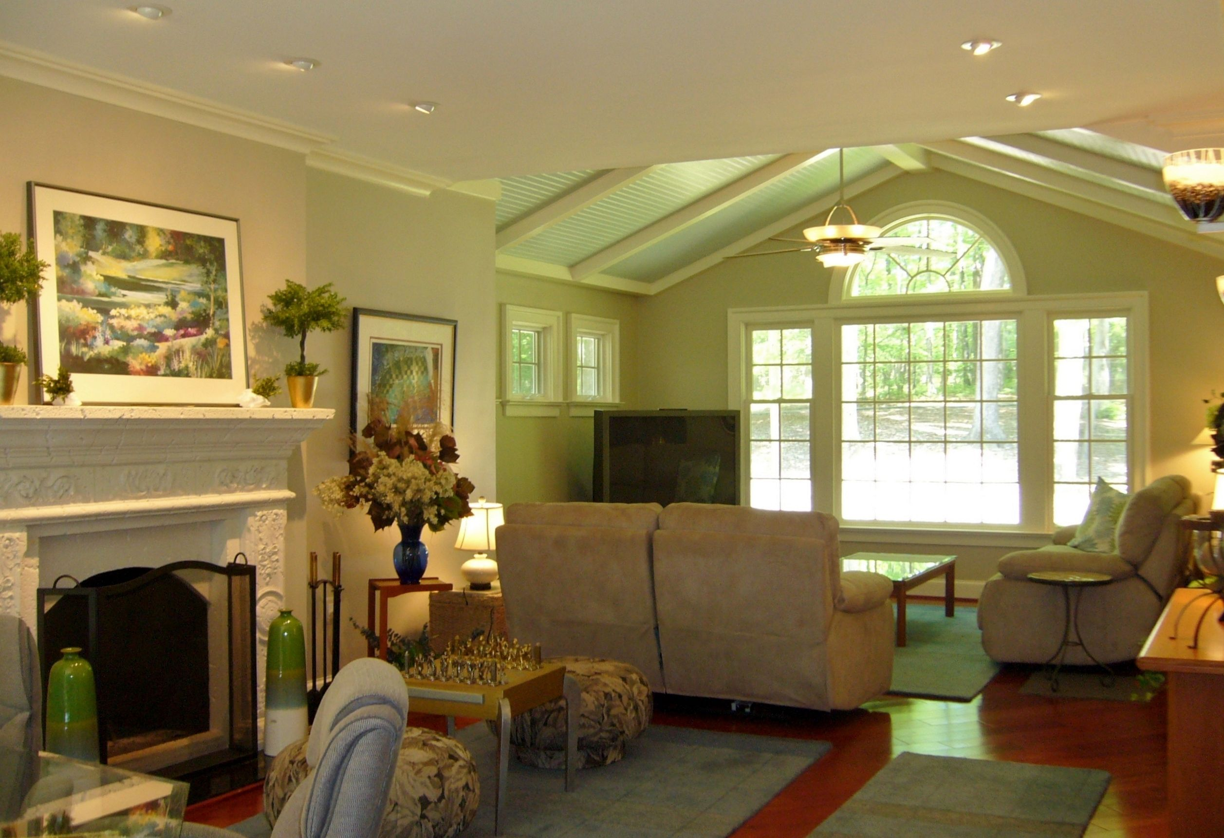 Great room addition with cathedral ceiling new windows for Family room addition pictures