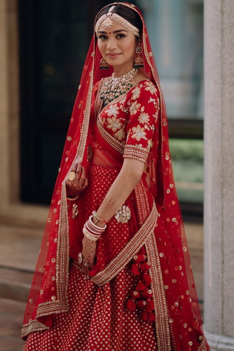 10 Bridal Red Lehengas That Will Make you Wish you