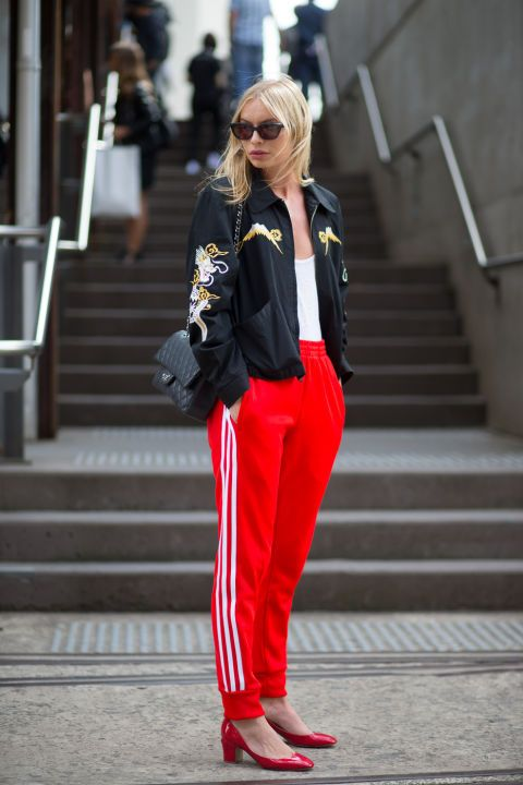 50 spring and summer outfit ideas and accessories for women to wear now: sporty but chic track pants