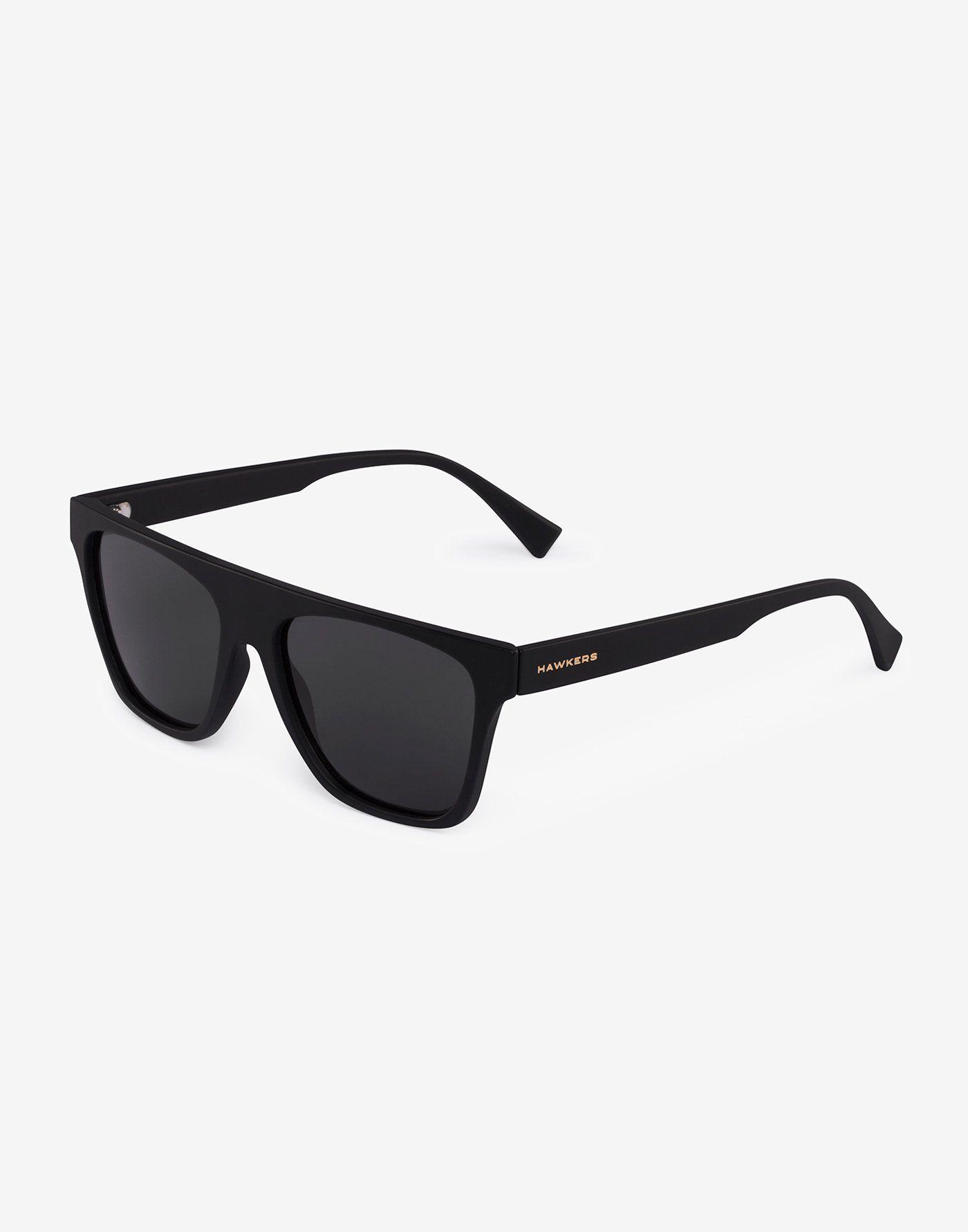 3190878aa0 BLACK DARK ONE LS FLAT TOP Hawkers presenta su modelo de gafas de sol ONE  Lifestyle
