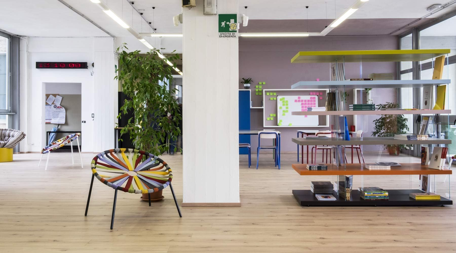 From the kid's room to school, flexible spaces where design is used as an educational tool