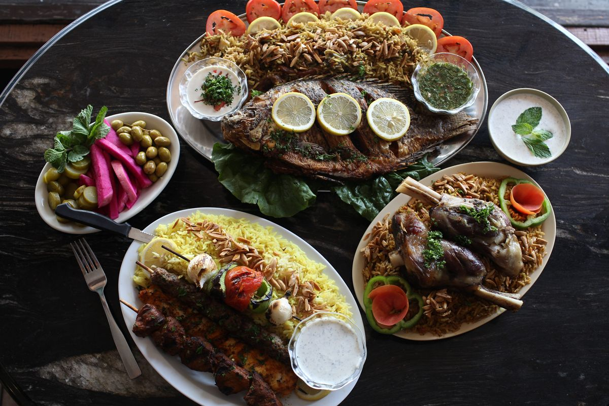 Rafi S Place In Glandale California The Best Persian Kabobs Outside Of Iran Our Trips To La Wouldn T Be Co Persian Cuisine Persian Food Persian Restaurant