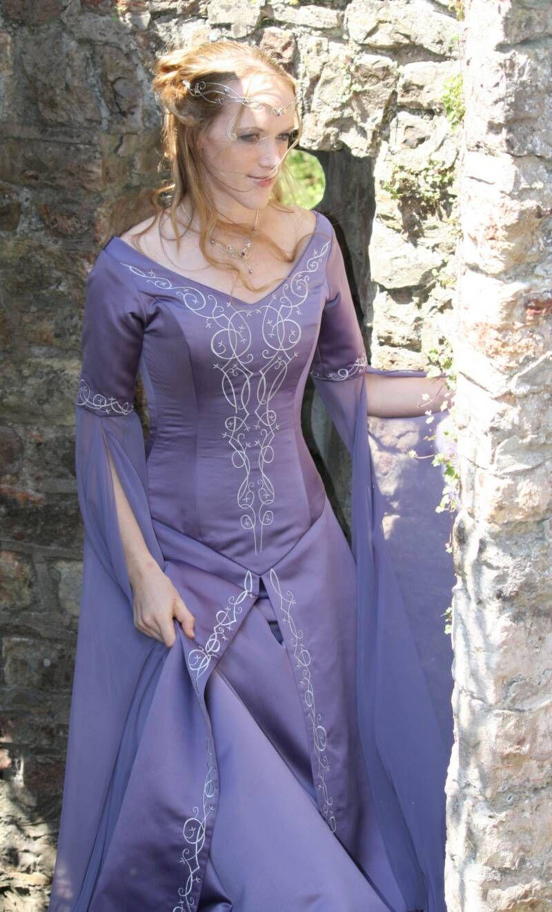 Medieval Wedding Gown | Medieval | Pinterest | Fantasía, Medieval y ...
