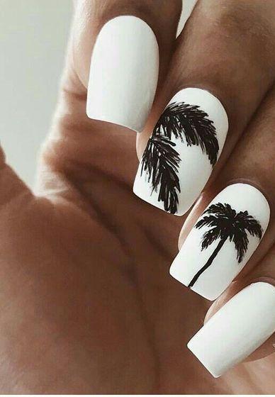 40+ Beach Themed Nail Art for Summer Ideas