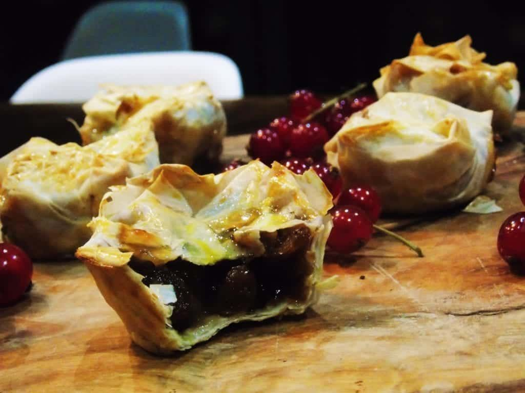 Low Syn Filo Pastry Mince Pies -