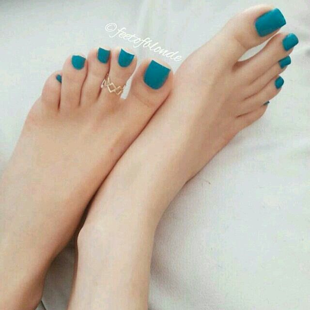 Pin by Germandiecast44 on toe ring   Feet nails, Toe nails
