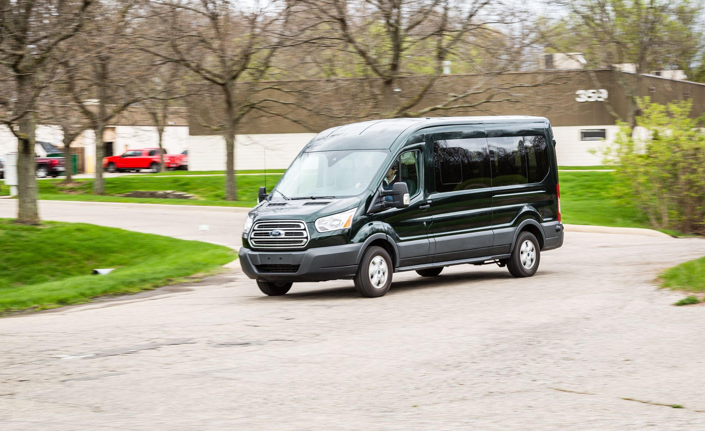 2020 Ford Transit Review Pricing And Specs Ford Transit Ford
