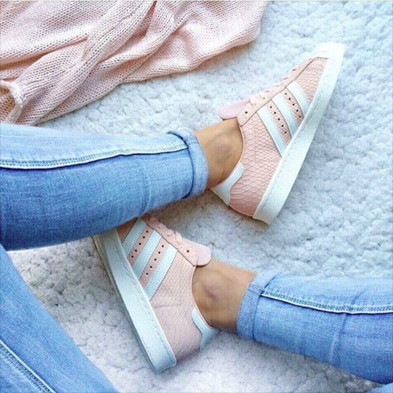 info for b37ac 32c12 pies de mujer con tenis adidas superstar rosa