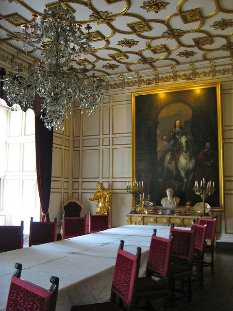 English Country House Drawing Rooms: State Dining Room, Warwick Castle