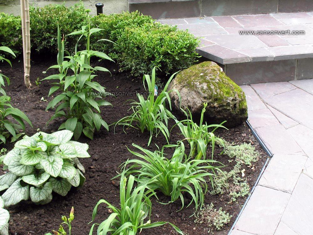 plate bande en bordure d 39 une all e d 39 ardoise nos r alisations de jardins plants et garden. Black Bedroom Furniture Sets. Home Design Ideas