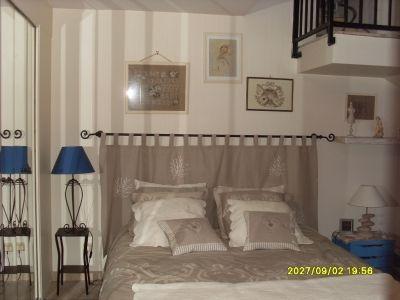 t te de lit brod e en lin toute en lin brod e dormir et se reposer pinterest. Black Bedroom Furniture Sets. Home Design Ideas