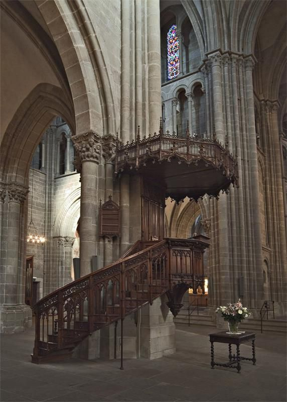 Foyer Home Saint Pierre Geneve : The pulpit used by protestant reformer john calvin in