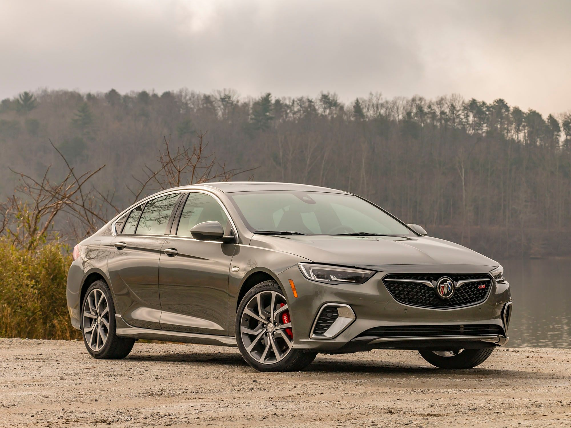 2018 buick regal gs quick take  kelley blue book buick